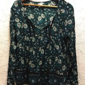 Old Navy V-neck Long Sleeve Blouse size Large